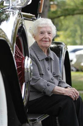 Margaret Dunning: 102-Year-Old Coed and her Classic Car by Debra Eve | LaterBloomer.com